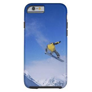 Faisant du surf des neiges dans Gulch grisâtre, Coque Tough iPhone 6