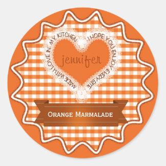 Fait avec l'orange de guingan d'amour sticker rond