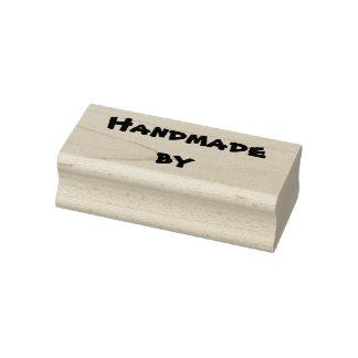 Fait main par le tampon en caoutchouc -