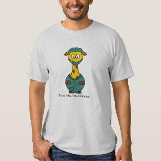Faites- confiancemoi, je suis un docteur t-shirts