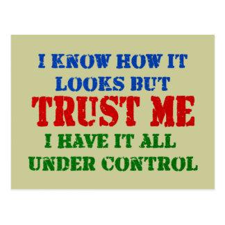 Faites- confiancemoi - tout sous le contrôle carte postale
