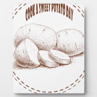 Faites cuire un jour de patate douce - jour plaque d'affichage