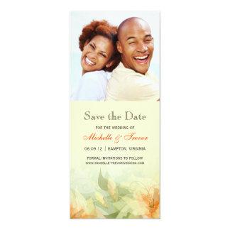 Faites gagner la date - photo florale de mandarine carton d'invitation  10,16 cm x 23,49 cm