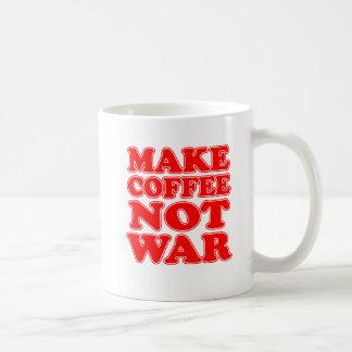 Faites la tasse de guerre de café pas