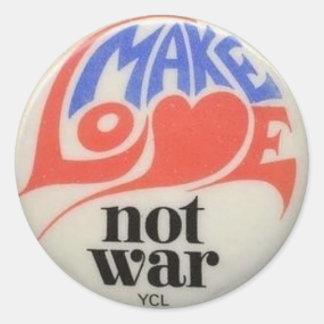 Faites le symbole de paix de guerre d'amour pas sticker rond