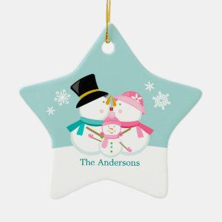 Famille de bonhomme de neige de trois vacances de ornement étoile en céramique
