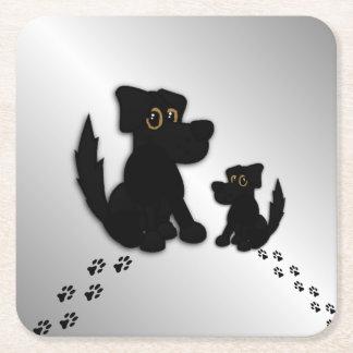 Famille de chien noir dessous-de-verre carré en papier