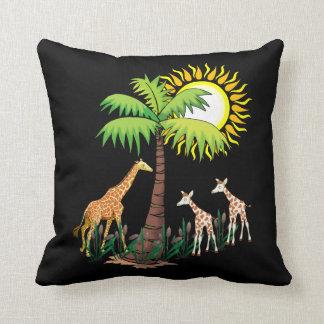 Famille de girafe oreillers