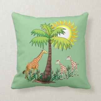 Famille de girafe coussin décoratif