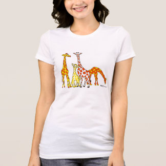 Famille de girafe dans le T-shirt de femme orange