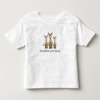 Famille de girafe de bande dessinée t-shirts