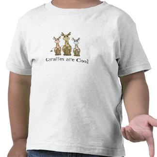 Famille de girafe de bande dessinée t-shirt