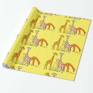 Famille de girafe en papier d'emballage orange et papiers cadeaux noël