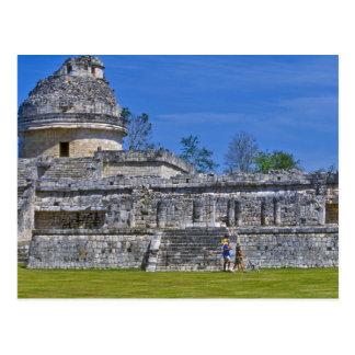 Famille de maya antique de passé de promenade de carte postale