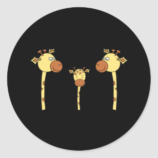 Famille des girafes. Bande dessinée Autocollants Ronds
