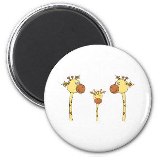 Famille des girafes. Bande dessinée Magnet Rond 8 Cm