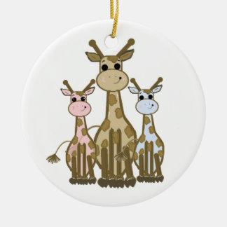 Famille mignonne de girafe de bande dessinée ornement rond en céramique