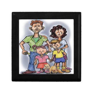 Famille triste petite boîte à bijoux carrée