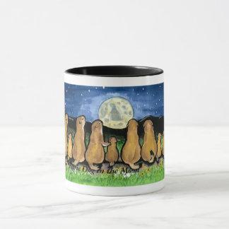 Familles de chien de prairie observant la lune, mug