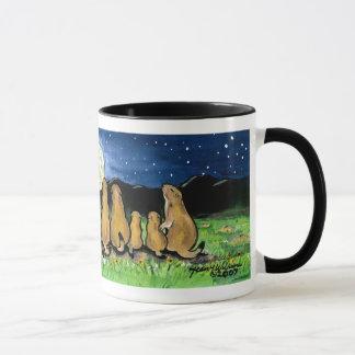 Familles de chien de prairie observant la lune, tasses