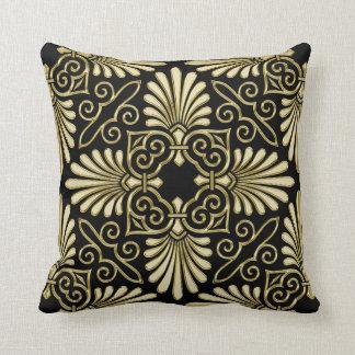 Fan vintage d'art déco de damassé de noir d'or coussin