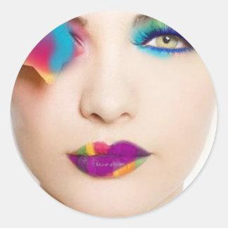 Fard à paupières coloré de fille de hippie avec sticker rond