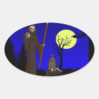 Faucheuse au cimetière sticker ovale