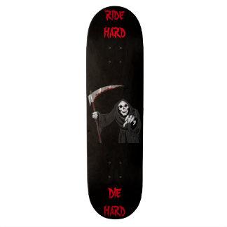Faucheuse effrayante skateboard 21,6 cm