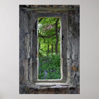 """Fausse"""" fenêtre en pierre de conte de fées """"avec poster"""