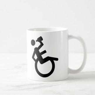 fauteuil roulant de poivrot de fauteuil roulant mug