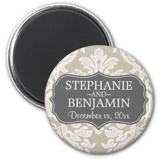 Faveur beige grise et de toile de mariage de motif magnet rond 8 cm