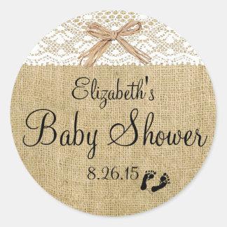 Faveur blanche de baby shower de dentelle et de sticker rond