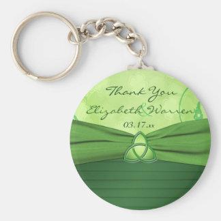 Faveur celtique de mariage de noeud d'amour de porte-clé rond