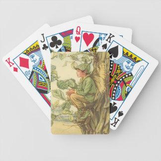 Fée à ailes d'orme s'asseyant dans un arbre jeu de cartes