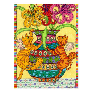 Fées de chat avec le vase fleuri de lis carte postale
