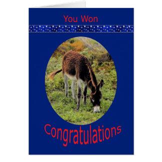 Félicitations de victoire d'élection avec l'âne cartes