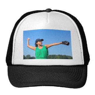 Femme avec de gant et de casquette le base-ball de