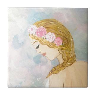 Femme avec des fleurs dans ses cheveux petit carreau carré