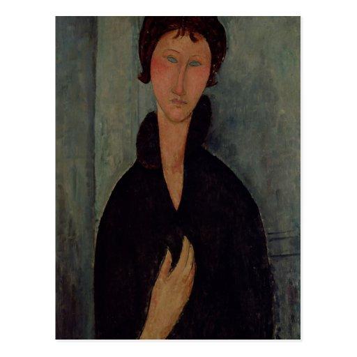 Femme avec les yeux bleus, c.1918 carte postale
