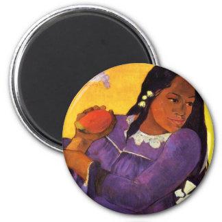 Femme de Gauguin avec un aimant de mangue