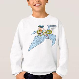 Femme de merveille sur le vaisseau spatial sweatshirt
