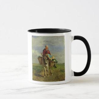 Femme de pays montant un âne mug