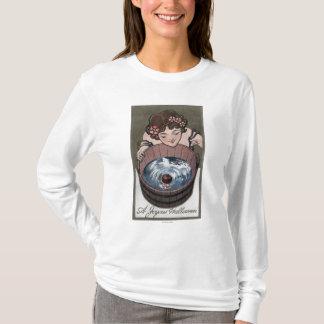 Femme regardant dans le baril en bois t-shirt