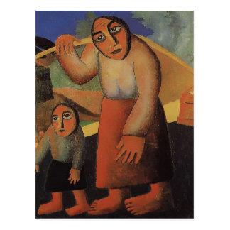 Femme rurale, seaux, un enfant par Kazimir Carte Postale