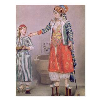 Femme turque avec son employé cartes postales