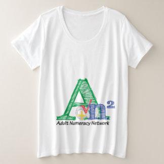 Femmes d'annonce plus le T-shirt de taille