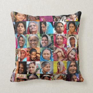 Femmes de l'Inde Coussin Décoratif