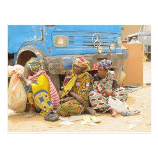 Femmes du Mali au marché de lundi, Djenne Carte Postale