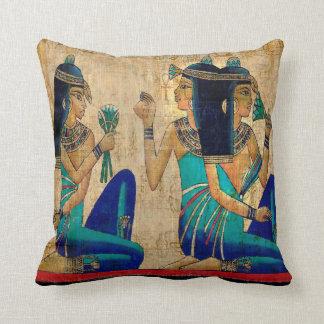 Femmes égyptiennes coussins carrés