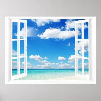 Fenêtre ouverte à la plage affiches